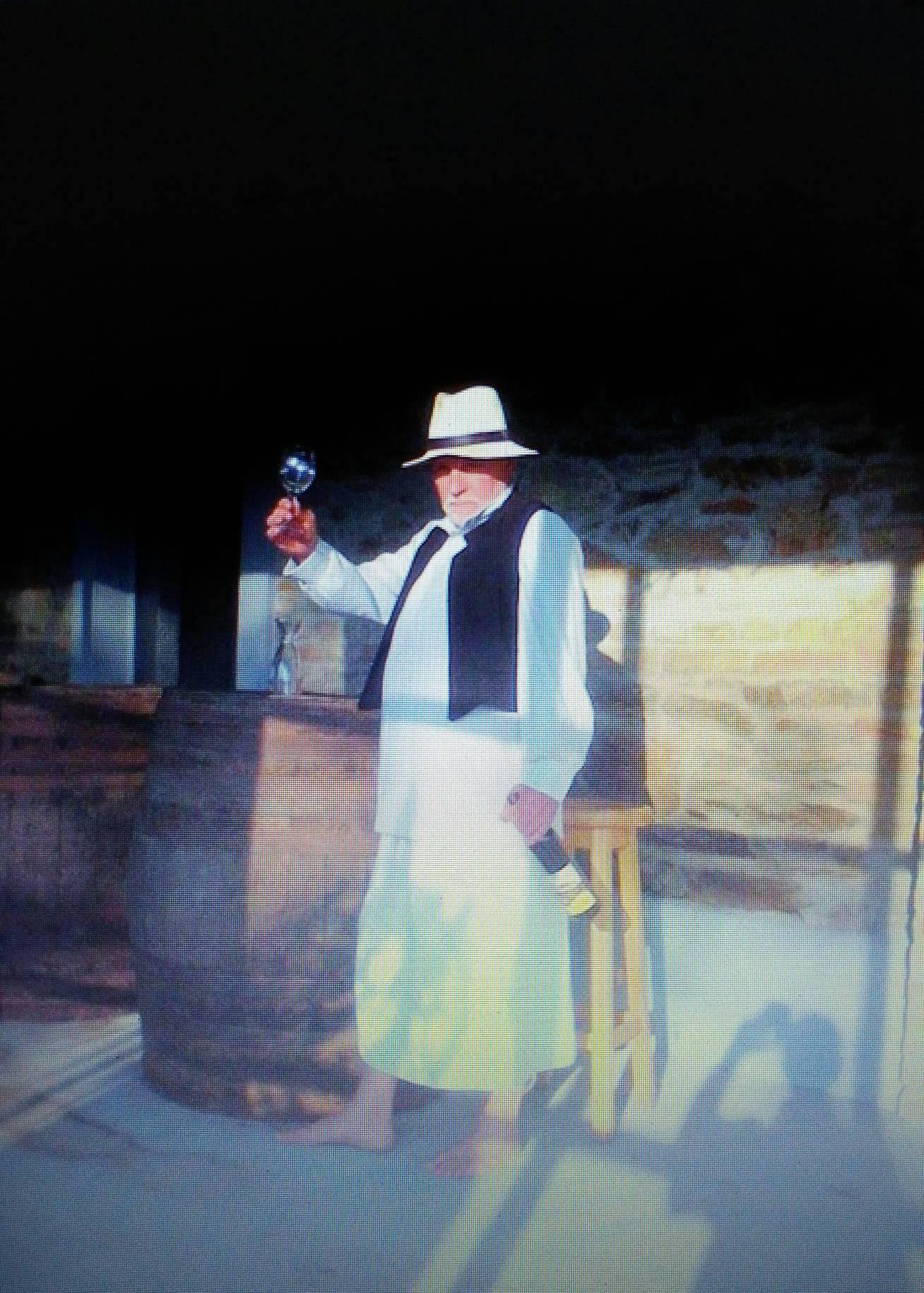 Živko Grozdanić Gera, ispred svog muzeja-vinarije foto: DeMaterijalizacija umetnosti